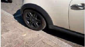 Un maire peut-il autoriser le stationnement des véhicules sur les trottoirs de sa commune ?